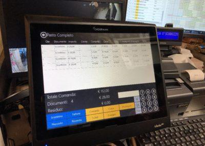 Divisione Conto e pagamento singolo con Cassetto Automatico